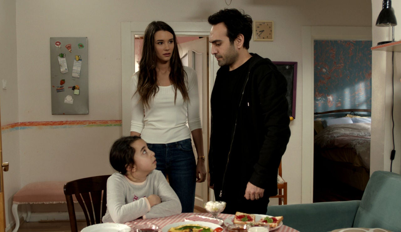 La nueva vida de Öykü: ¿sin Demir ni Candan?