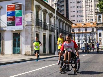 Cerca de 185.000 corredores participan en la carrera solidaria para la investigación de las lesiones de médula espinal