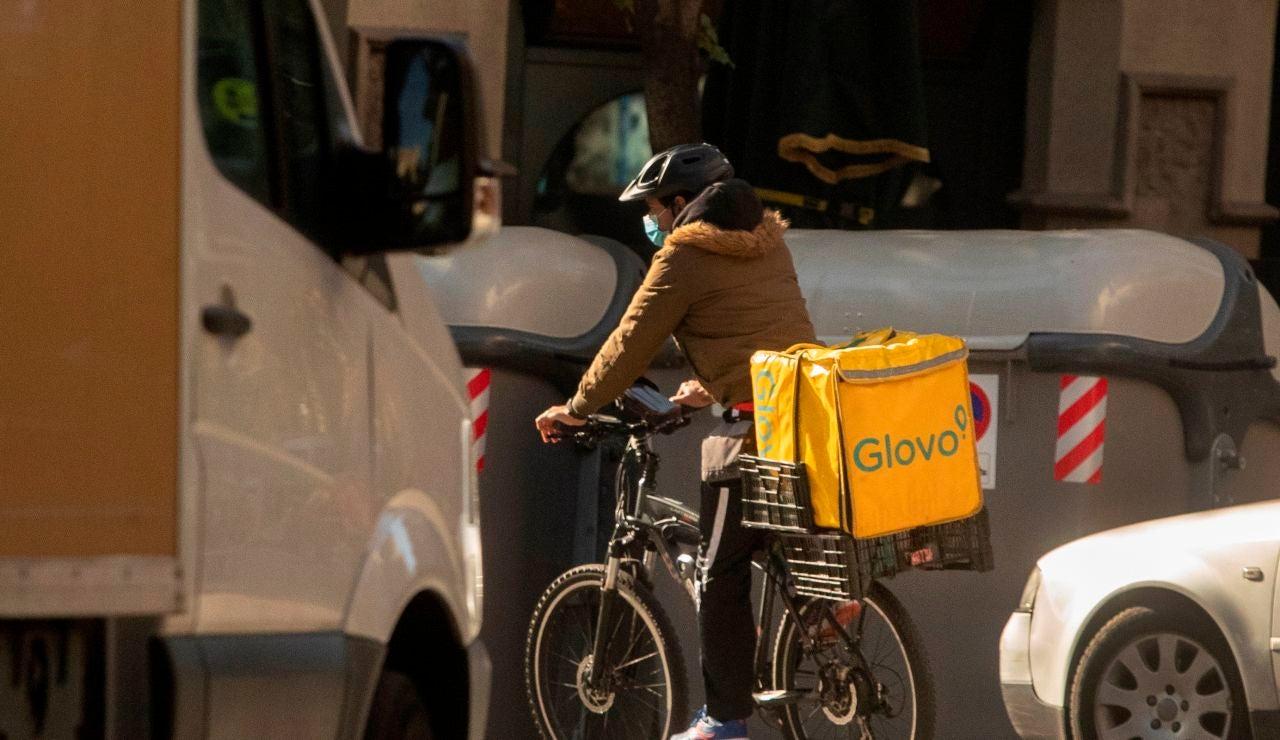 El Gobierno aprueba hoy la ley de 'riders', que obliga a las plataformas a contratar a estos empleados
