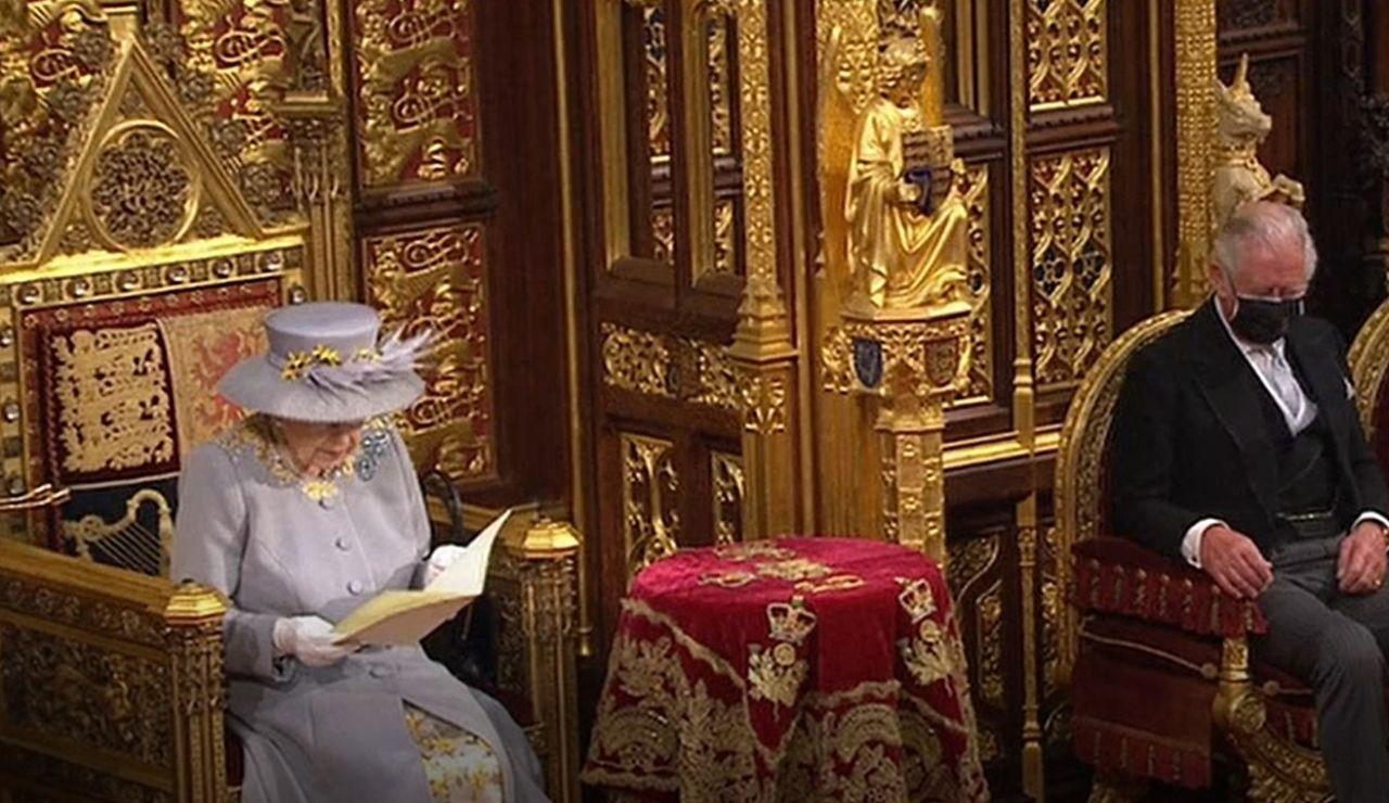 La reina Isabel II, en su discurso ante el Parlamento