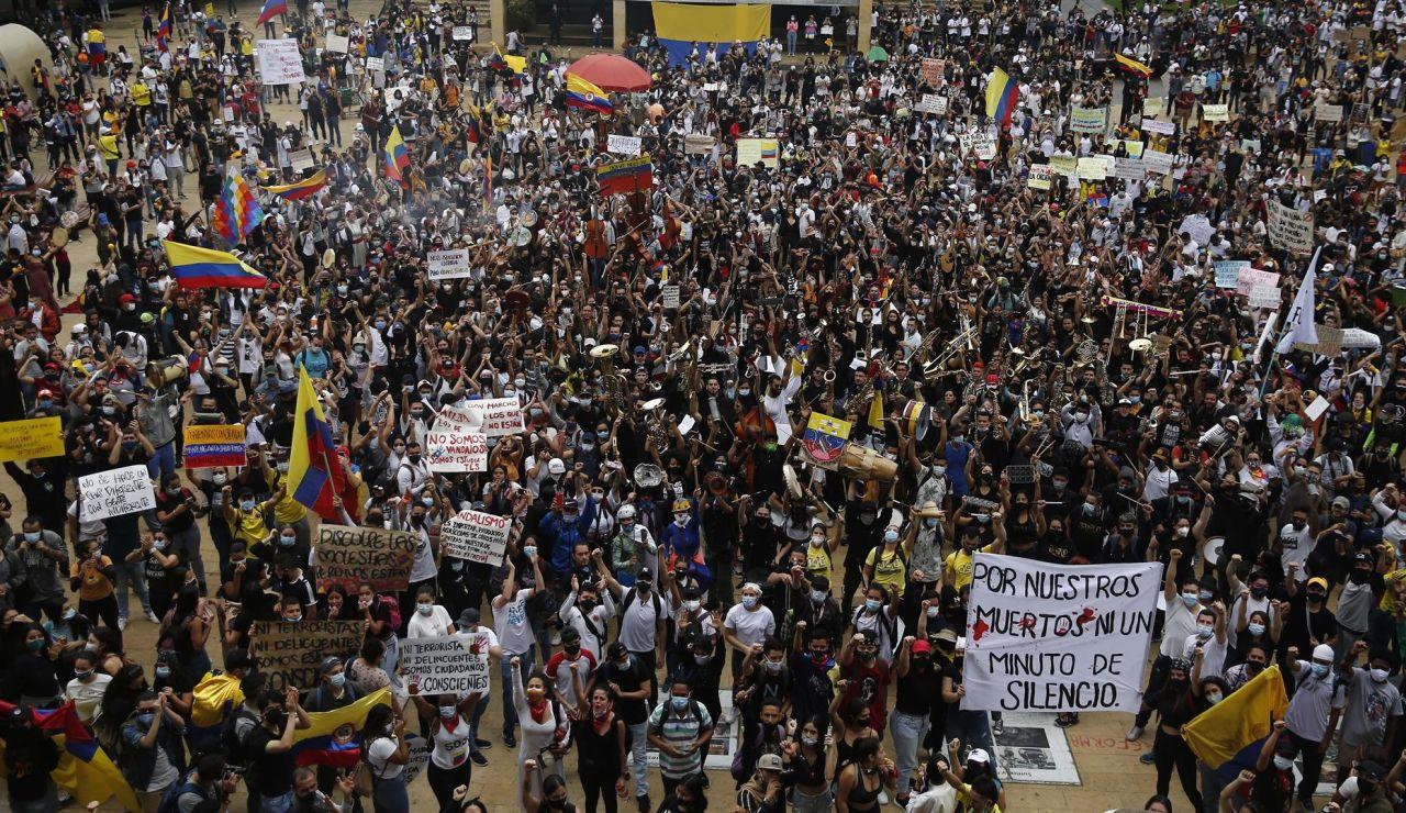 El Gobierno de Colombia no consigue relajar el ambiente pese a su intento de diálogo