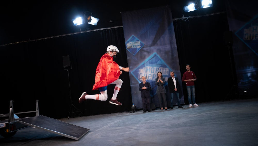 Marron presenta a 'Saltito Man', el nuevo superhéroe de la ciencia