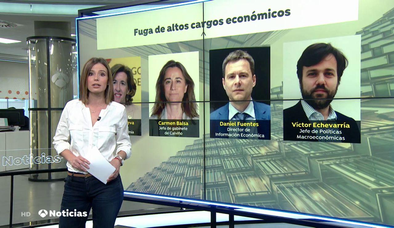 Goteo de bajas de altos cargos económicos del Gobierno, desde la secretaria de Estado a dos directores de Moncloa