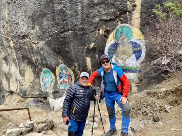 """Juanito Oiarzabal y Sebastián Álvaro, atrapados en Nepal, piden ayuda para salir del país: """"Es un caos"""""""