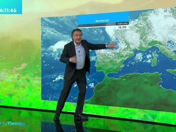La previsión del tiempo hoy:  Un frente dejará lluvias dispersas en Galicia, norte de Castilla y León, La Rioja y Navarra