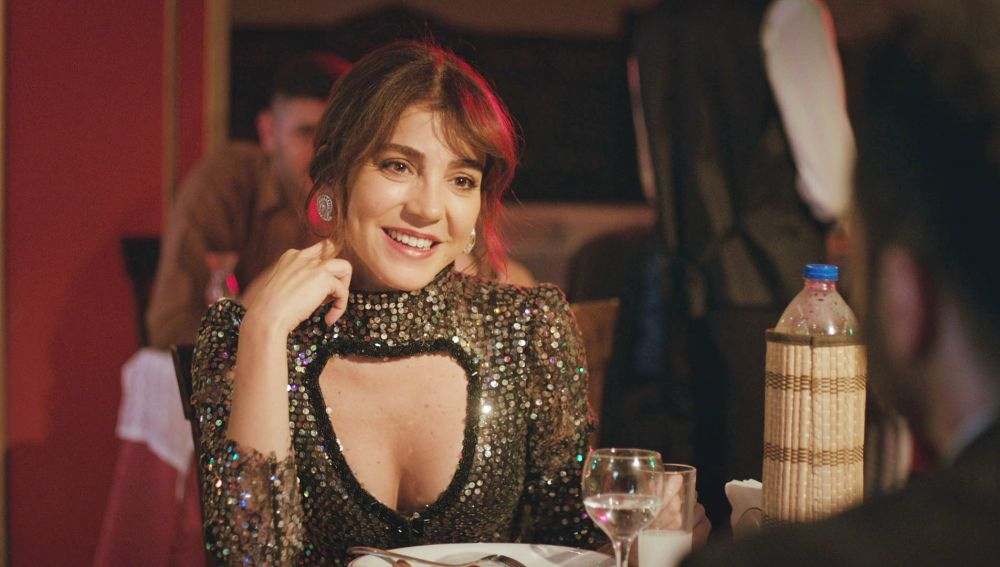 ¿Nuevo romance en 'Mujer'? El amor da una nueva oportunidad a Ceyda con Raif