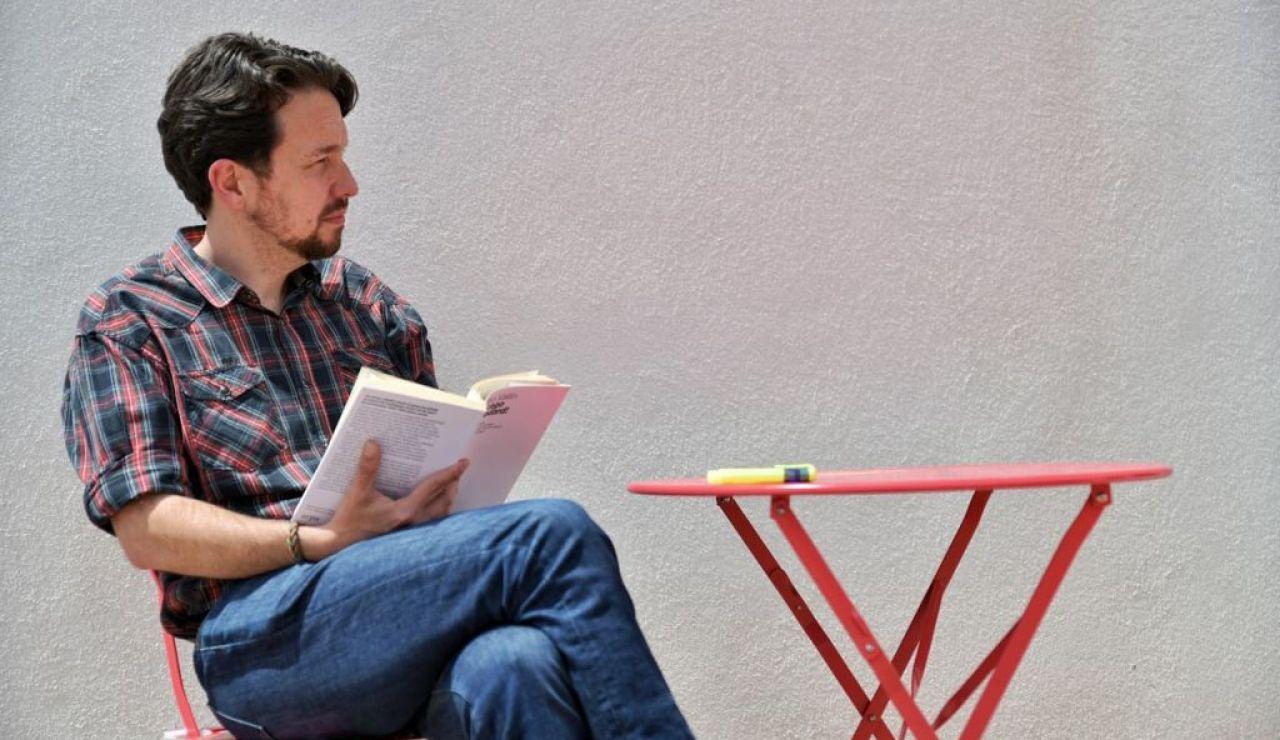 Pablo Iglesias se corta la coleta tras dejar la política