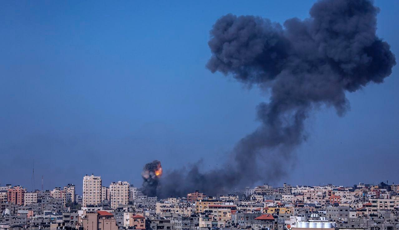 Hamás confirma la muerte de uno de su dirigentes, Bassem Issa, en los bombardeos israelís