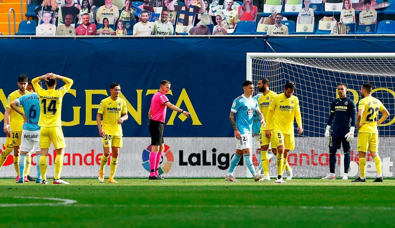 Villarreal y Celta disputan un partido en la Cerámica