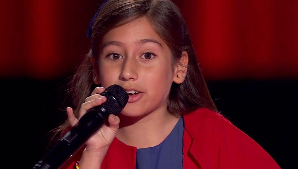 Alison Fernández vuelve a despedirse improvisando una canción