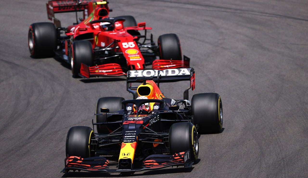 Sainz firma un gran 2º puesto en el GP de Mónaco, Verstappen fue primero y Alonso 13º