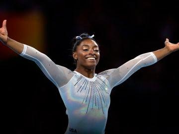 La campeona olímpica de gimnasia artística Simone Biles