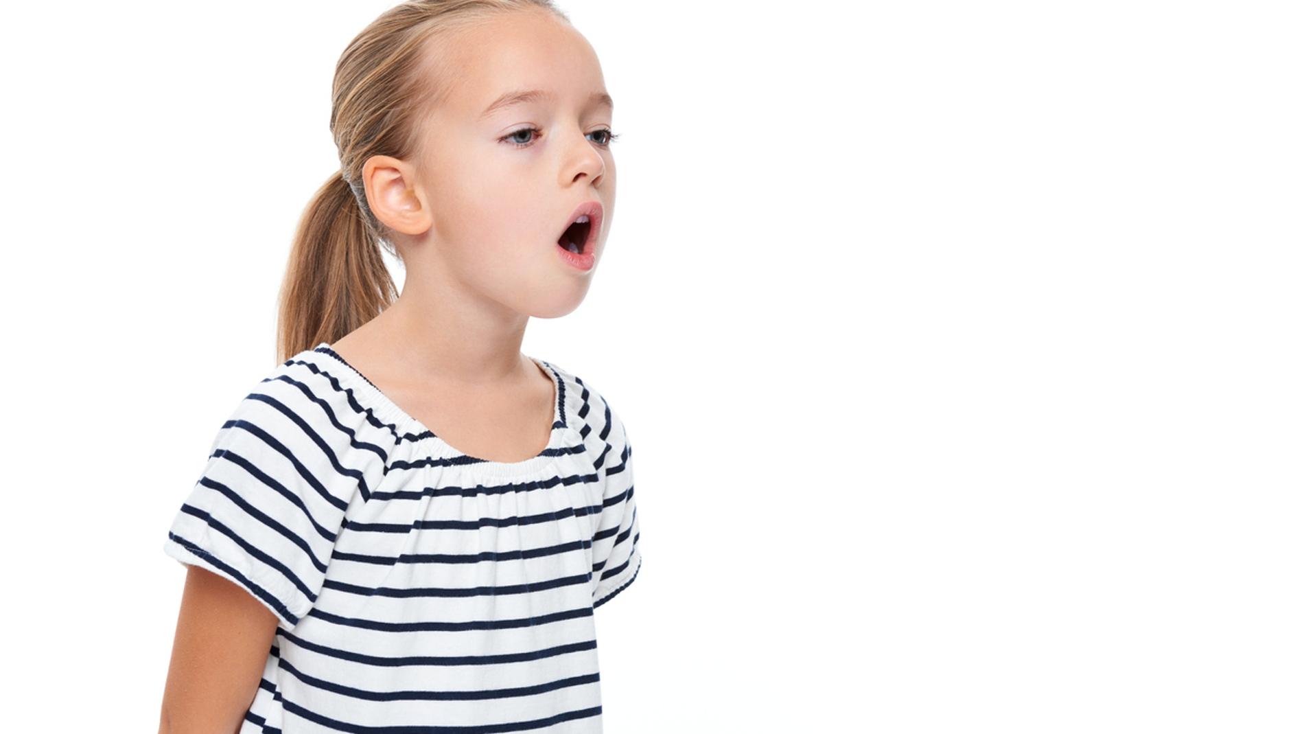 ¿Tu hijo tiene mal aliento? Esto es lo que puedes hacer