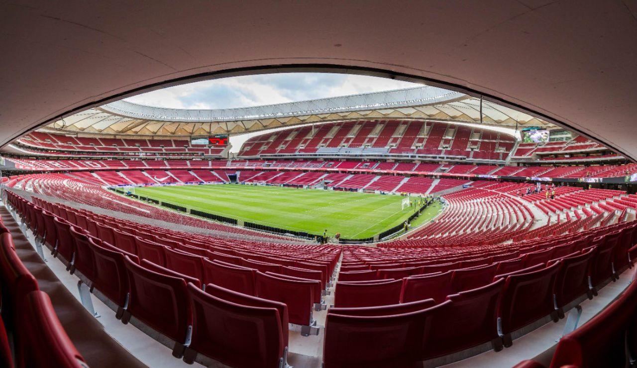Ayuso confirma que el España-Portugal del próximo 4 de junio se jugará con un 30% de público en el Metropolitano