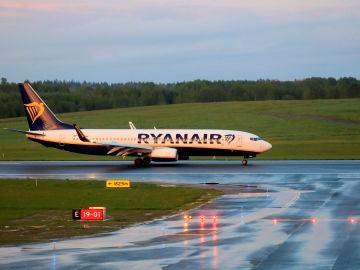 """Los pilotos califican el desvío del avión de Ryanair en Bielorrusia como un """"secuestro patrocinado por el Estado"""""""