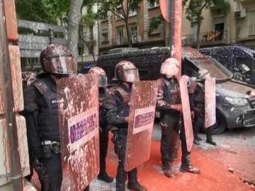 Un desahucio con antidisturbios de los Mossos choca con el pacto ERC-CUP del Govern de Aragonès