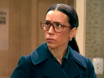 Manolita, aterrada por ocultar el secreto de Zúñiga a Cristina y Quintero