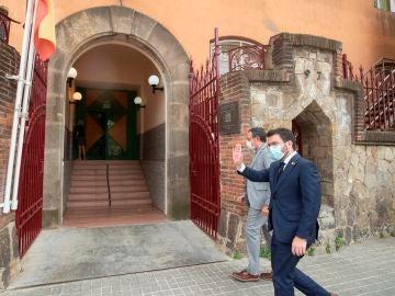 El presidente de la Generalitat, Pere Aragonès, visita a la expresidenta del Parlament Carme Forcadell en la cárcel de Wad Ras