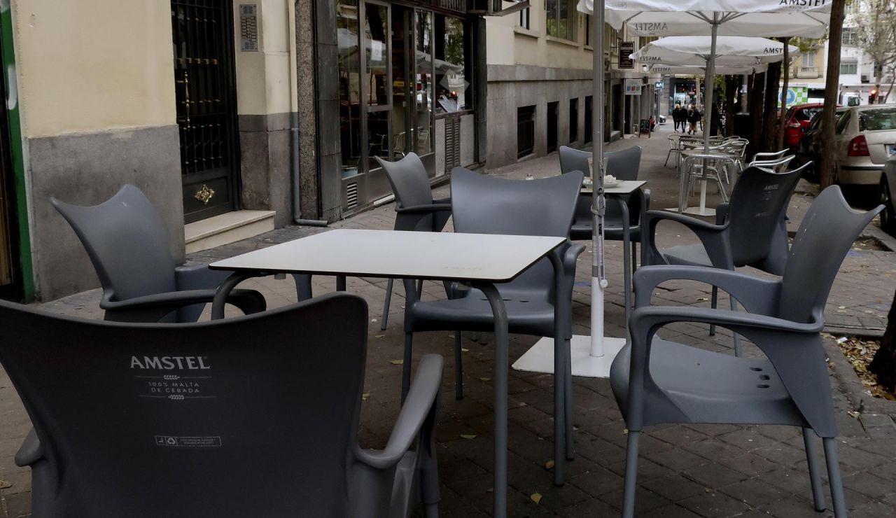 Madrid retrasa el cierre de la hostelería a la 1:00 de la madrugada y aumenta el número de comensales por mesa