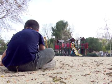 """La madre de un niño autista golpeada en el Parque Warner: """"Tengo miedo por las secuelas psicológicas de mi hijo"""""""