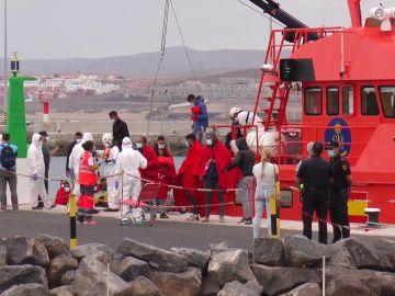 Varios inmigrantes intentan cruzar a Algeciras escondidos en un barco que salía desde Ceuta