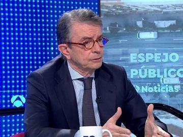 Antonio Catalán.