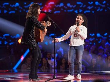 Vanesa Martín cumple el sueño de Nayara de Jesús cantando 'Complicidad' en las Audiciones a ciegas de 'La Voz Kids'