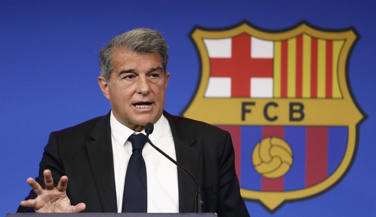 """Joan Laporta expresa sus dudas sobre Koeman: """"En el Barcelona no hay temporadas de transición"""""""