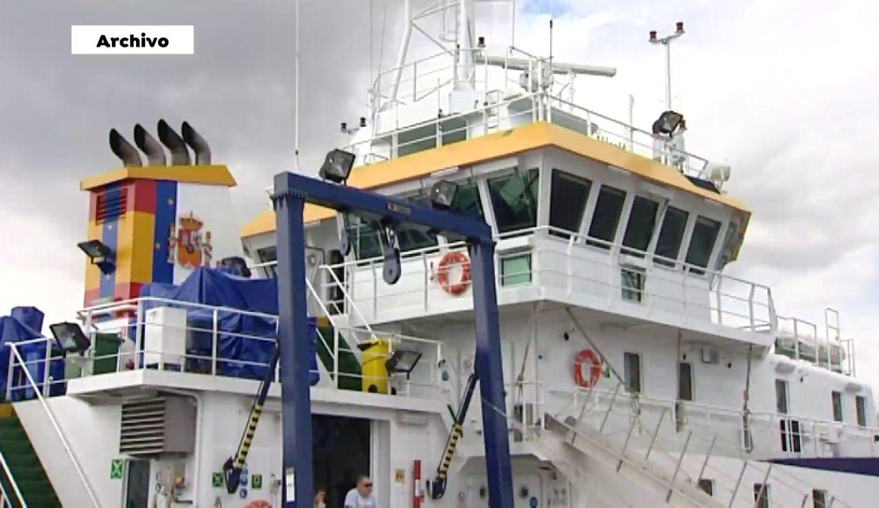 Un buque equipado con un sónar llega a Tenerife para ayudar en la búsqueda de Anna y Olivia