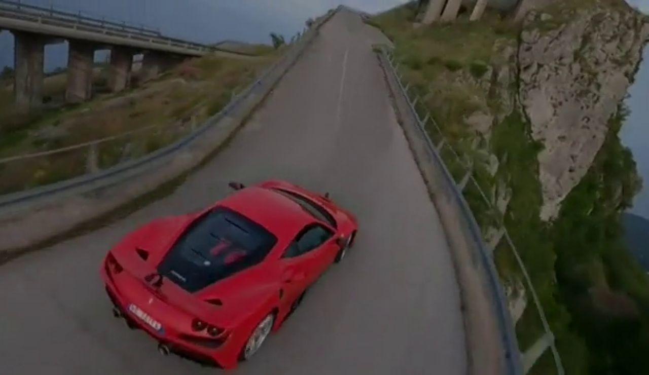 El espectacular récord de Fabio Barone con su Ferrari para llegar al Cristo Redentor de Maratea