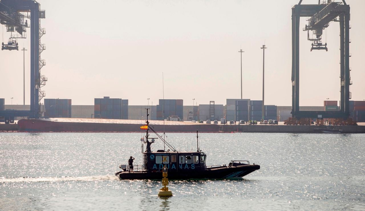 Retoman la búsqueda del segundo desaparecido en el puerto de Castellón