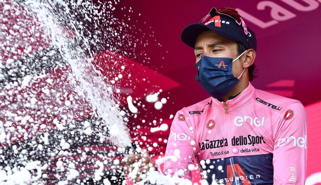 Egan Bernal se defiende en la crono de Milán y gana el Giro de Italia 2021