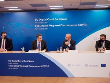 Presentación pasaporte COVID en Grecia