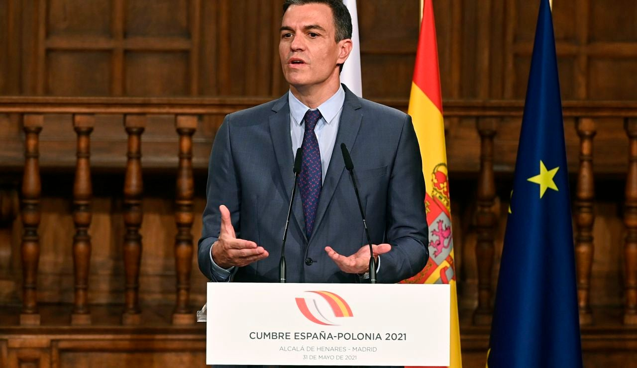 Pedro Sánchez en la cumbre España- Polonia 2021