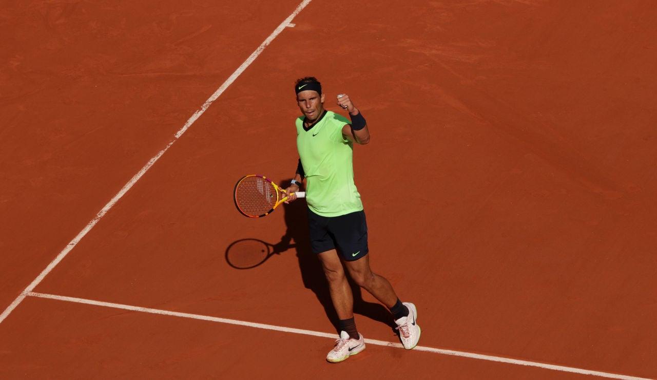 Rafa Nadal se emplea a fondo para ganar a un gran Schwartzman y jugará las semifinales de Roland Garros