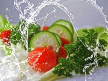 Propiedades del pepino, calorías y las mejores ideas de recetas para incluirlo en tu dieta