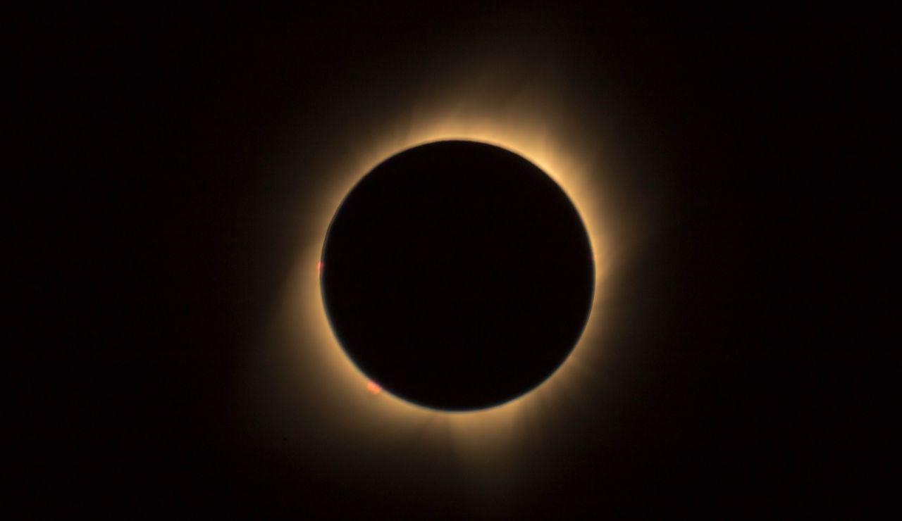 ¿A qué hora se verá el eclipse solar desde España hoy?