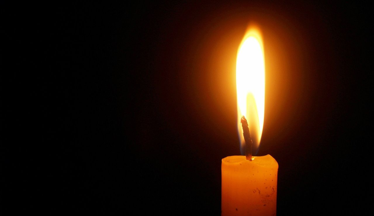 Las redes sociales se llenan de sirenas y velas blancas en recuerdo de las niñas de Tenerife, Anna y Olivia