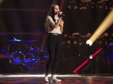 Luna Reina canta 'Bound to you' en las Audiciones a ciegas de 'La Voz Kids'