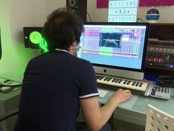 Mota del Cuervo, el pueblo de la España Vaciada donde una pareja de músicos ha abierto un estudio de grabación