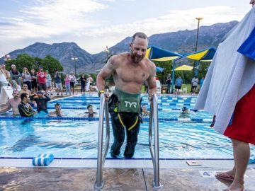 El reto sobrehumano de 'Iron Cowboy': completa 100 Ironman en 100 días seguidos