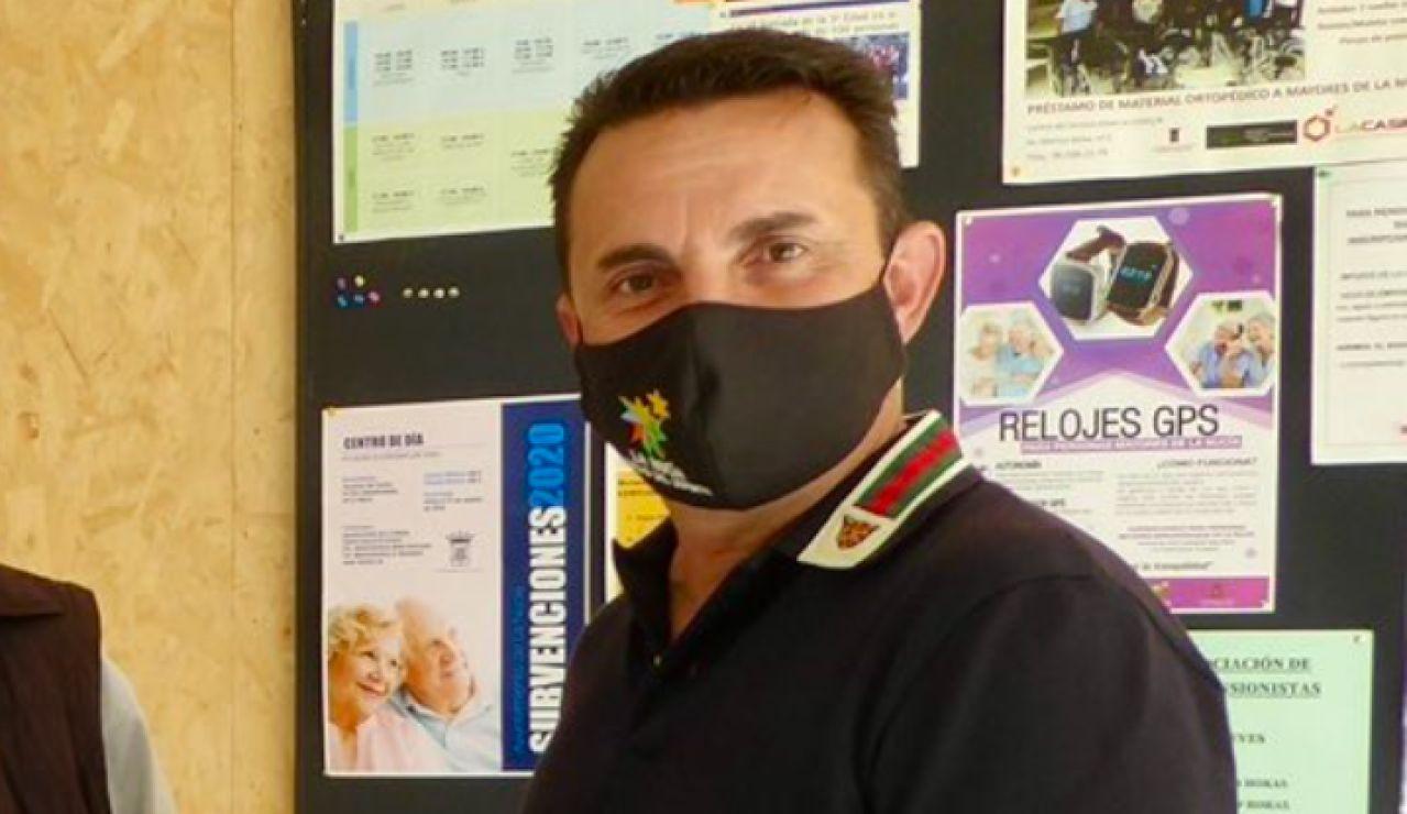 Un juzgado cita como investigado al alcalde de La Nucía, Alicante, por su polémica vacunación contra el coronavirus