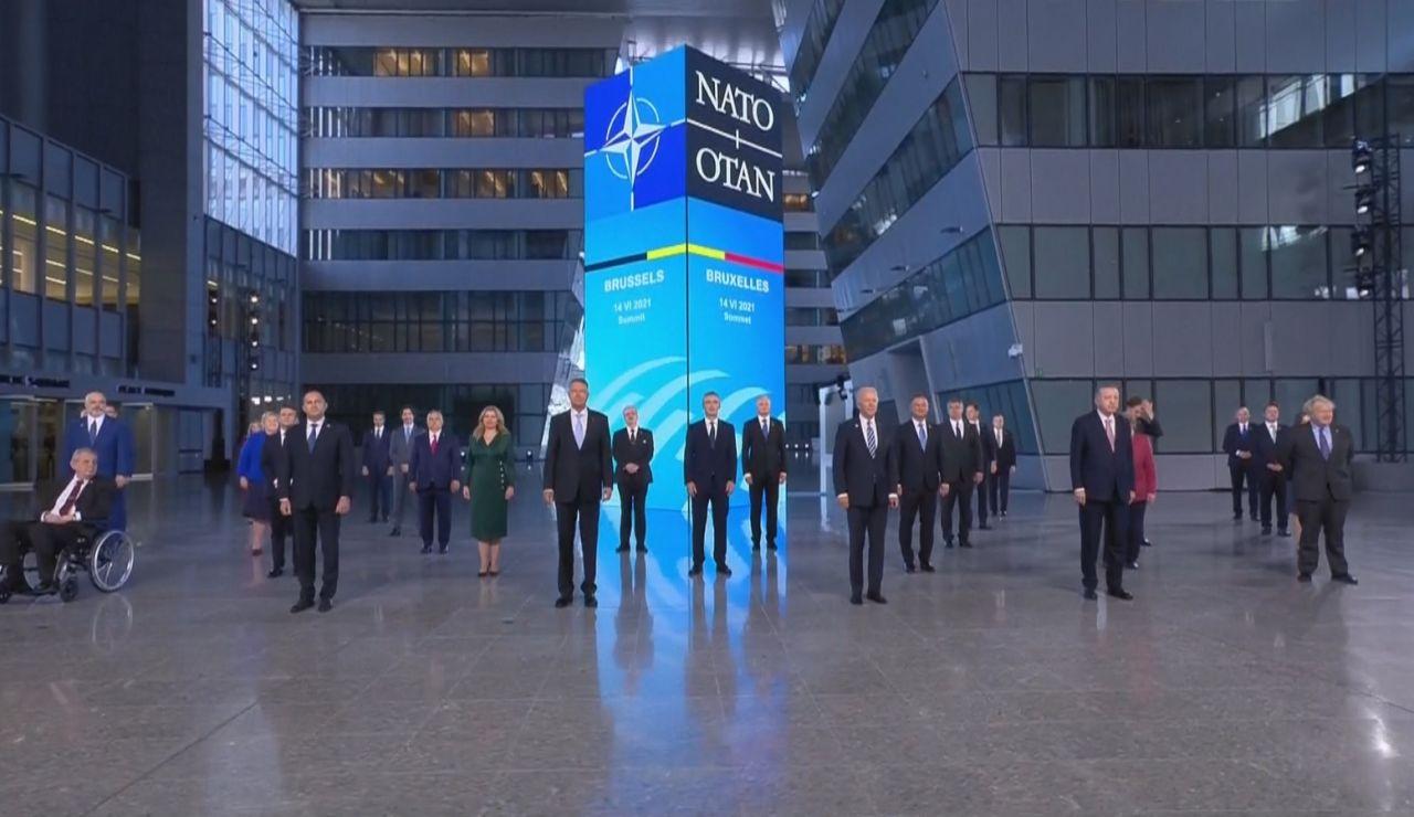 Foto líderes en la Cumbre de la OTAN