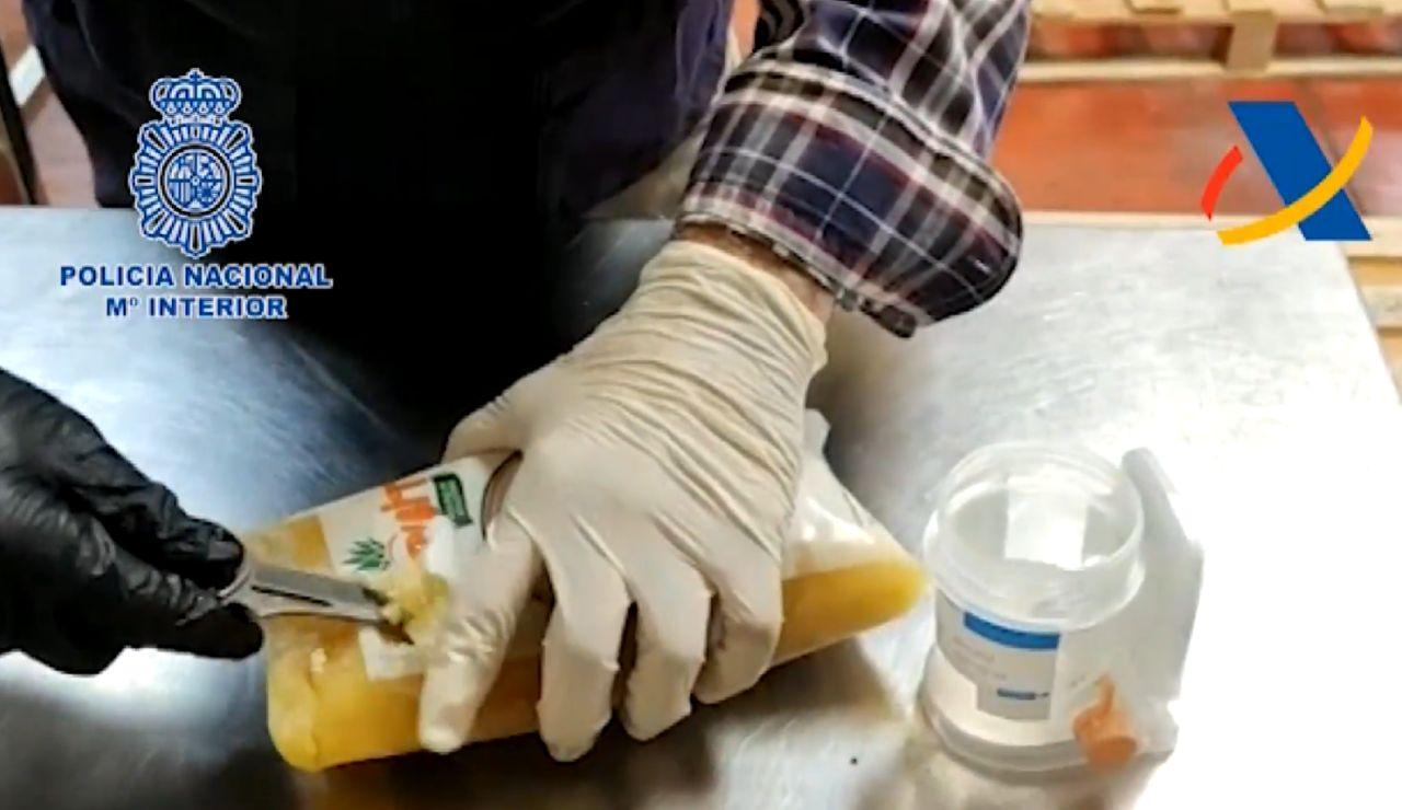 Cocaína en una bolsa de piña