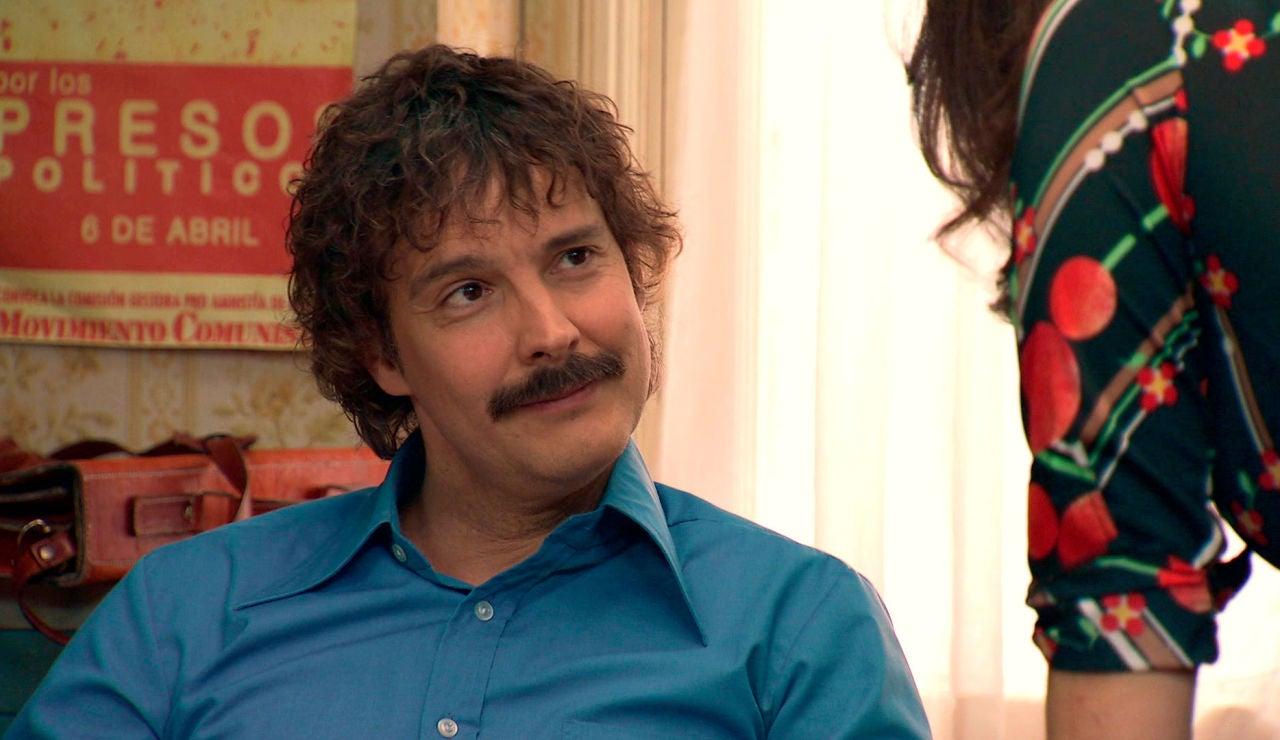 Guillermo, locamente enamorado y decidido a conquistar a Estefanía.