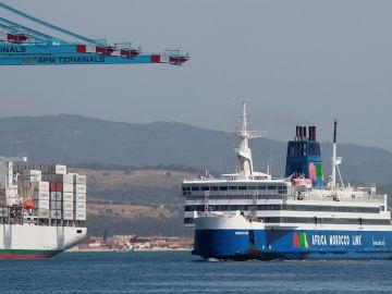 Marruecos planea permitir en verano la llegada de barcos procedentes de Portugal pero no de España