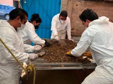 Encuentran cerca de 4.000 restos óseos en el domicilio del 'Monstruo de Ecatepec'
