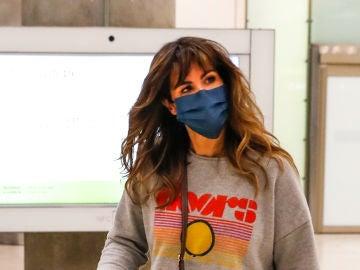 Nuria Roca, en el aeropuerto