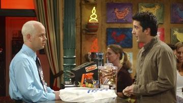 James Michael Tyler y David Schwimmer en 'Friends'