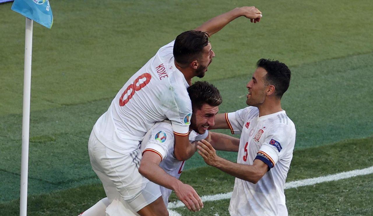 España hace una 'manita' a Eslovaquia y pasa a octavos de la Eurocopa como primera de grupo